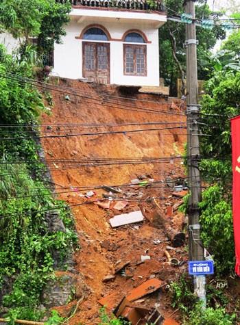 Vì sao Quảng Ninh thiệt hại nặng trong mưa lũ ảnh 1