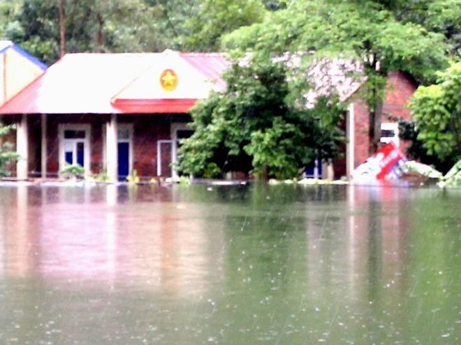 Nước dâng cao, xã đảo ở Hải Phòng biến thành biển hồ ảnh 3