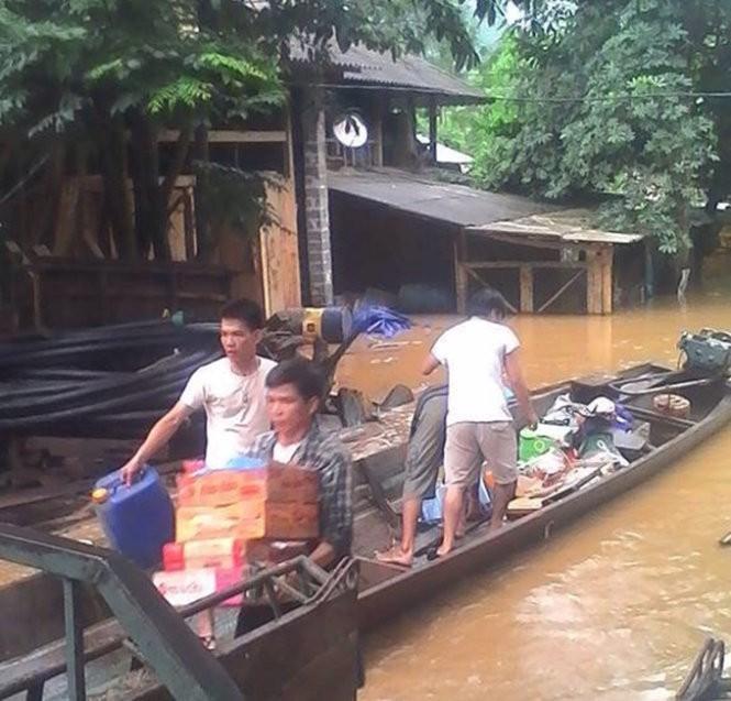Lũ đổ về sông Mã gây thiệt hại gần 100 nhà dân ảnh 3