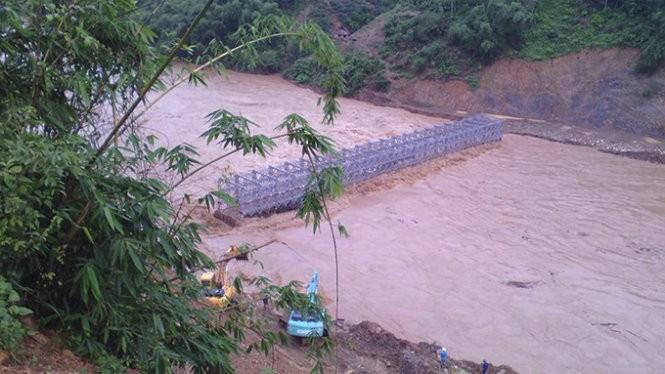 Lũ đổ về sông Mã gây thiệt hại gần 100 nhà dân ảnh 4