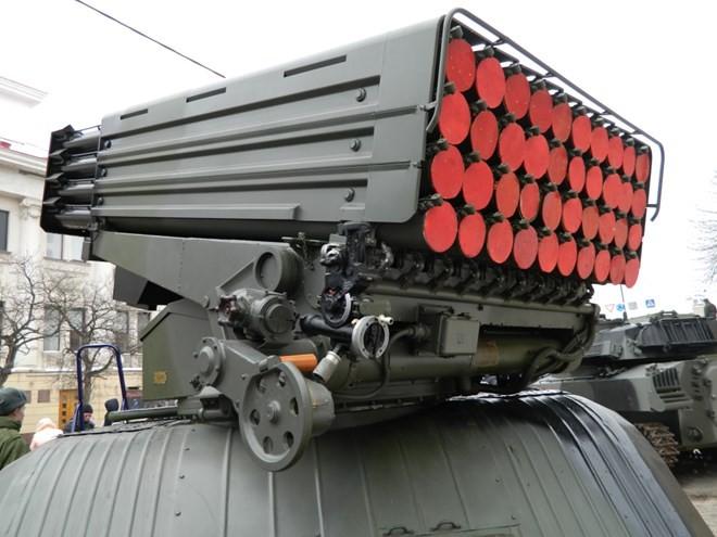 """Uy lực khủng khiếp của pháo phản lực bắn loạt """"Tornado - G"""" ảnh 4"""