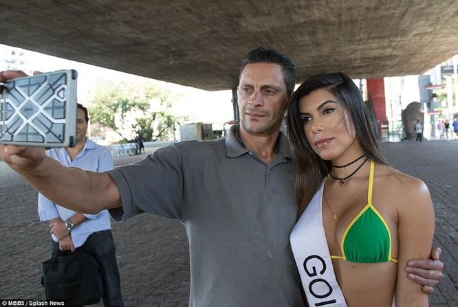 Bỏng mắt với dàn Hoa hậu Miss Bum Bum Brazil ảnh 7