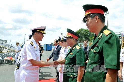 Tàu hải quân Hàn Quốc thăm TPHCM ảnh 1