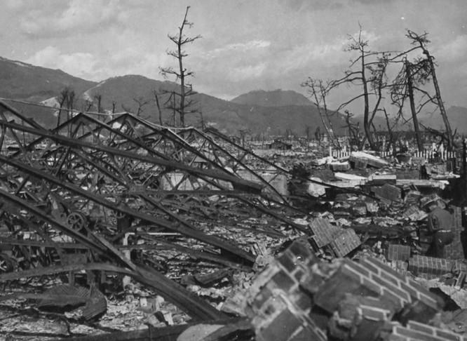 Chùm ảnh độc thảm họa hạt nhân Hirosima 70 năm trước ảnh 18