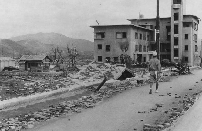 Chùm ảnh độc thảm họa hạt nhân Hirosima 70 năm trước ảnh 19