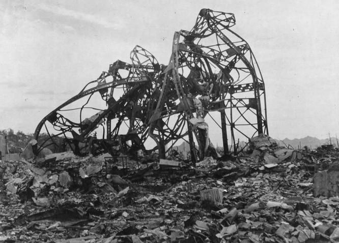 Chùm ảnh độc thảm họa hạt nhân Hirosima 70 năm trước ảnh 22