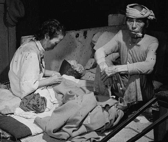Chùm ảnh độc thảm họa hạt nhân Hirosima 70 năm trước ảnh 29