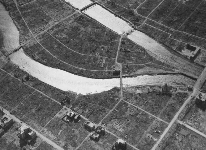 Chùm ảnh độc thảm họa hạt nhân Hirosima 70 năm trước ảnh 31