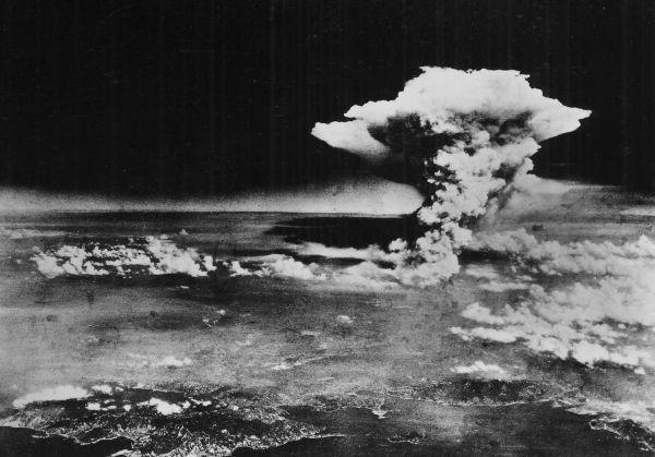 Chùm ảnh độc thảm họa hạt nhân Hirosima 70 năm trước ảnh 36