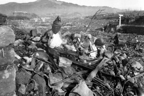 Chùm ảnh độc thảm họa hạt nhân Hirosima 70 năm trước ảnh 41