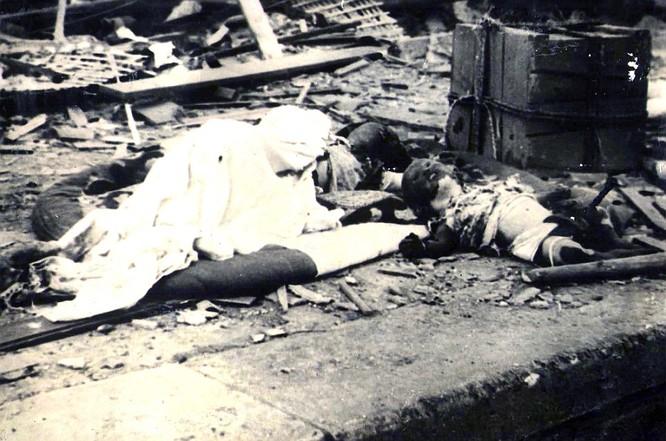Chùm ảnh độc thảm họa hạt nhân Hirosima 70 năm trước ảnh 44