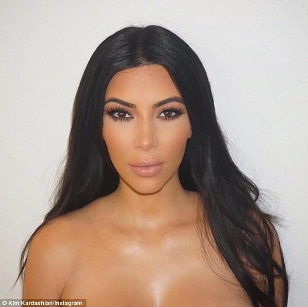 """Nóng bỏng mỹ nhân Kim Kardashian """"siêu vòng ba"""" ảnh 5"""