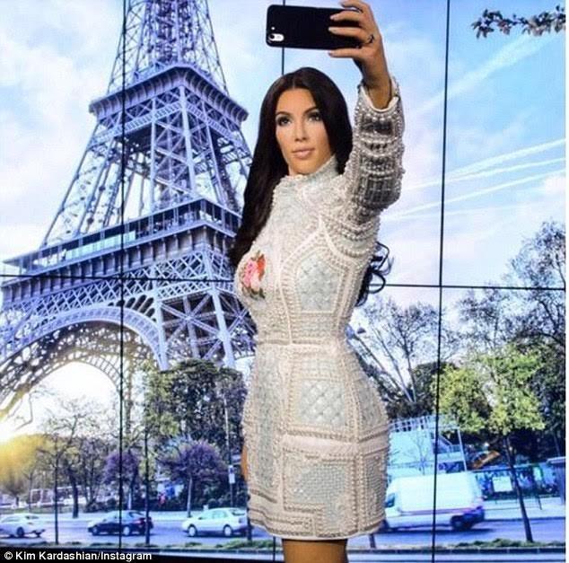 """Nóng bỏng mỹ nhân Kim Kardashian """"siêu vòng ba"""" ảnh 6"""