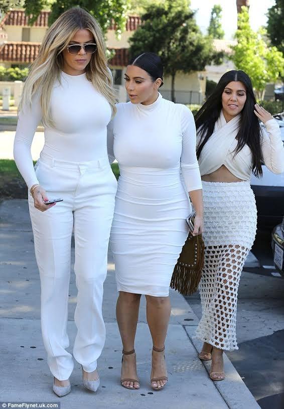 """Nóng bỏng mỹ nhân Kim Kardashian """"siêu vòng ba"""" ảnh 12"""