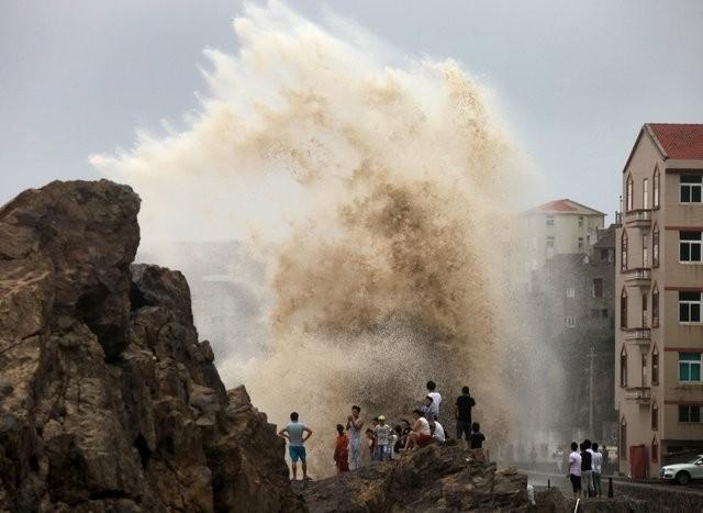 Bão Soudelor đổ bộ bờ đông Trung Quốc, 8 người chết ảnh 1