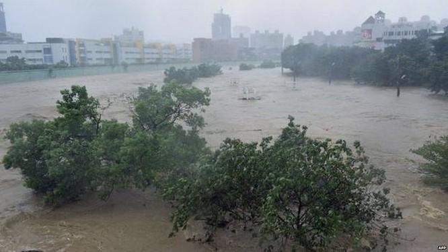 Đài Loan tơi bời trong bão, Trung Quốc sơ tán 158.000 dân ảnh 3