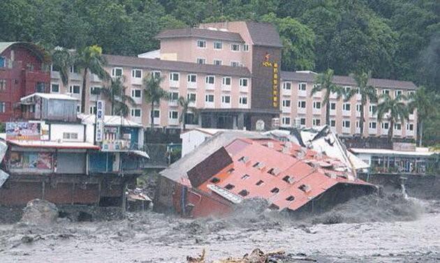 Đài Loan tơi bời trong bão, Trung Quốc sơ tán 158.000 dân ảnh 6