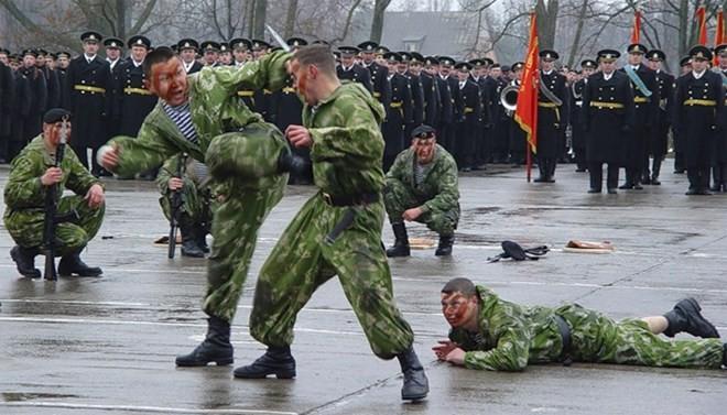 Hải quân đánh bộ Nga – Mạnh hơn nguyên tử ảnh 8