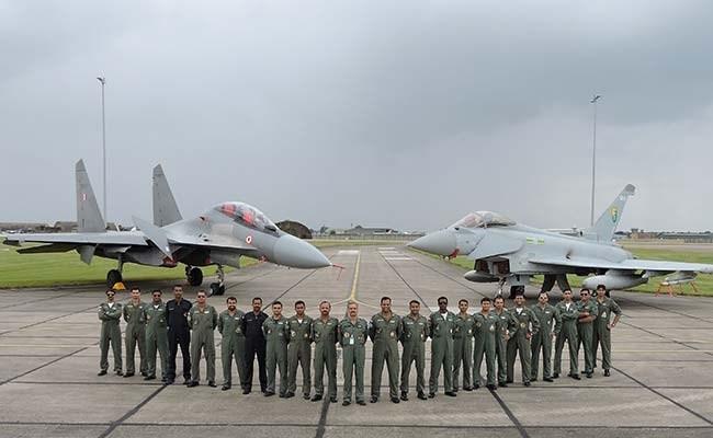 Vì sao Su-30MKI Ấn Độ thắng tuyệt đối Typhoon Anh? ảnh 5
