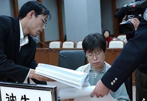 Ngụy biện khó đỡ của quan tham Trung Quốc ảnh 5