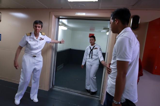 Bên trong tàu bệnh viện gần 1.000 giường của Hải quân Mỹ ảnh 4