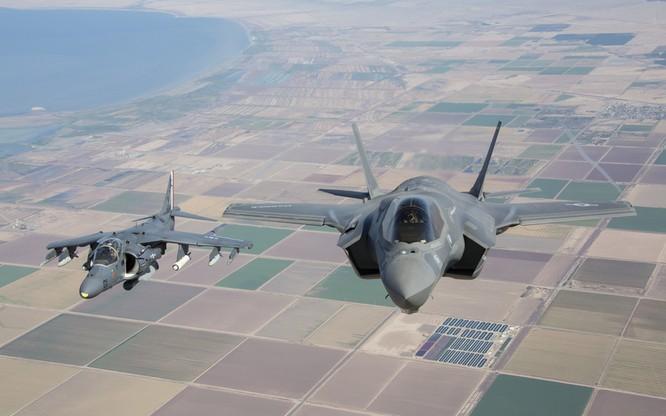 Chùm ảnh những huyền thoại công nghệ hàng không quân sự thế giới ảnh 118