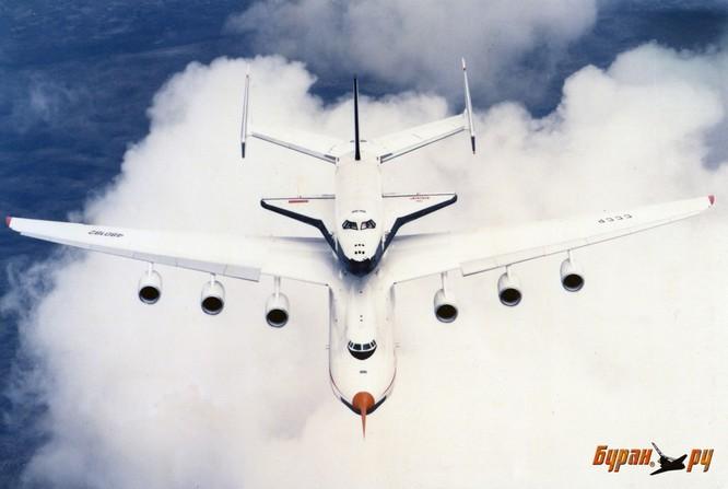 Chùm ảnh những huyền thoại công nghệ hàng không quân sự thế giới ảnh 32
