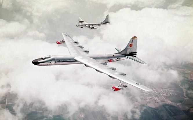 Chùm ảnh những huyền thoại công nghệ hàng không quân sự thế giới ảnh 45