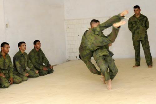 Đặc công Tây Bán cầu - Lực lượng đặc nhiệm Ó đen Cuba ảnh 11