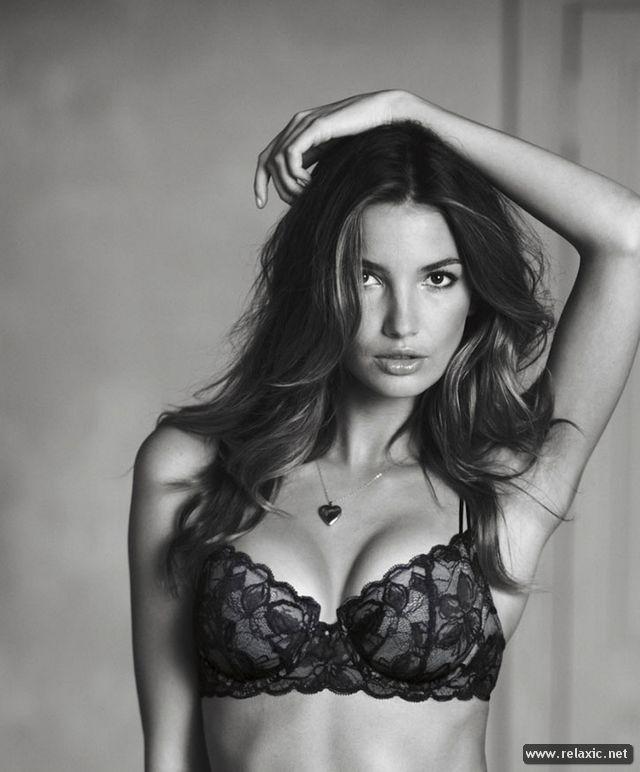 Thương hiệu Victoria 's Secret - ngây ngất trong ngày lễ Tình nhân ảnh 10