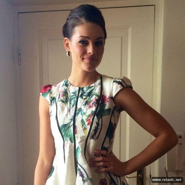 Chủ nhân vương miện Hoa hậu Thế giới 2014 qua ảnh ảnh 15