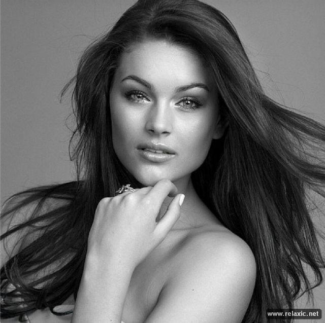 Chủ nhân vương miện Hoa hậu Thế giới 2014 qua ảnh ảnh 22