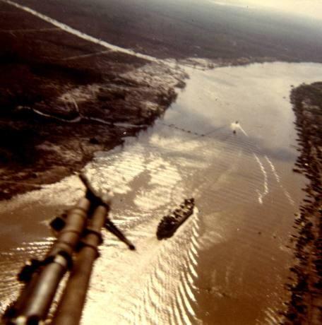 Cuộc chiến trực thăng Mỹ ở Việt Nam ảnh 22