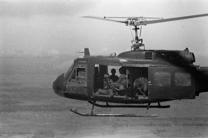Cuộc chiến trực thăng Mỹ ở Việt Nam ảnh 28