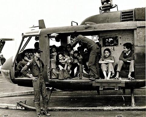 Cuộc chiến trực thăng Mỹ ở Việt Nam ảnh 30