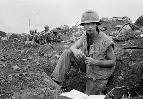 Cuộc chiến tranh Việt Nam qua ảnh của Henry Hyuet ảnh 30
