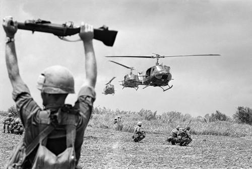 Cuộc chiến tranh Việt Nam qua ảnh của Henry Hyuet ảnh 42