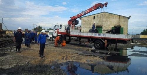 Dốc toàn lực tìm người mất tích vụ tai nạn lò than ảnh 7