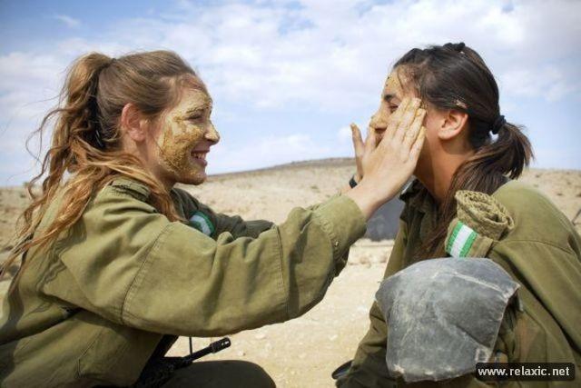 Những nữ quân nhân xinh đẹp Israel khiến giới mày râu cũng phải cúi chào ảnh 3
