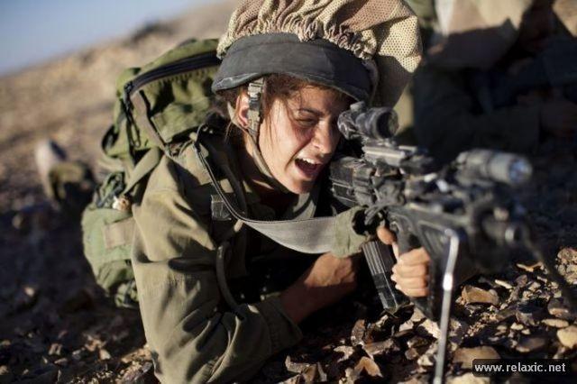 Những nữ quân nhân xinh đẹp Israel khiến giới mày râu cũng phải cúi chào ảnh 4