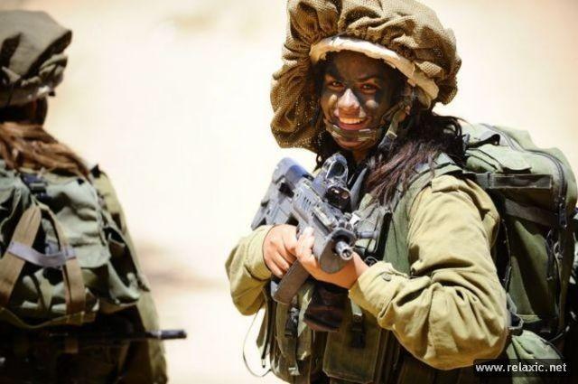 Những nữ quân nhân xinh đẹp Israel khiến giới mày râu cũng phải cúi chào ảnh 9