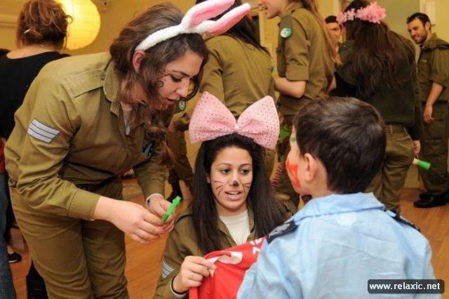 Những nữ quân nhân xinh đẹp Israel khiến giới mày râu cũng phải cúi chào ảnh 12