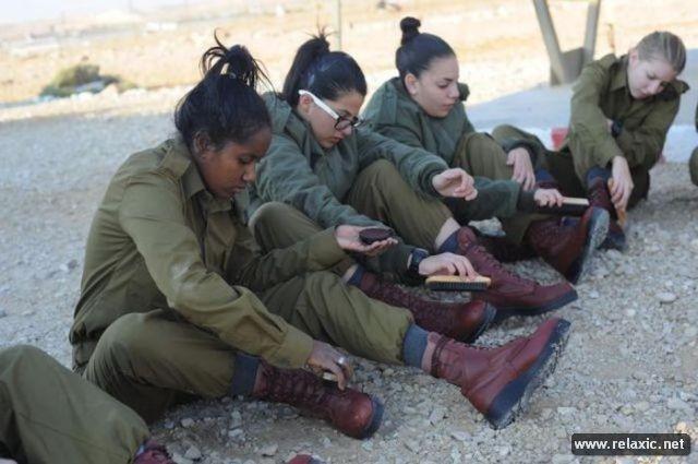 Những nữ quân nhân xinh đẹp Israel khiến giới mày râu cũng phải cúi chào ảnh 14