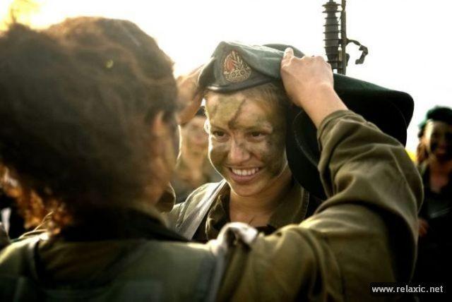 Những nữ quân nhân xinh đẹp Israel khiến giới mày râu cũng phải cúi chào ảnh 19