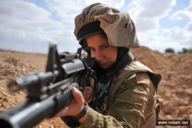 Những nữ quân nhân xinh đẹp Israel khiến giới mày râu cũng phải cúi chào ảnh 24