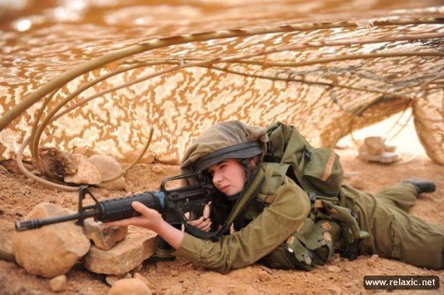 Những nữ quân nhân xinh đẹp Israel khiến giới mày râu cũng phải cúi chào ảnh 26