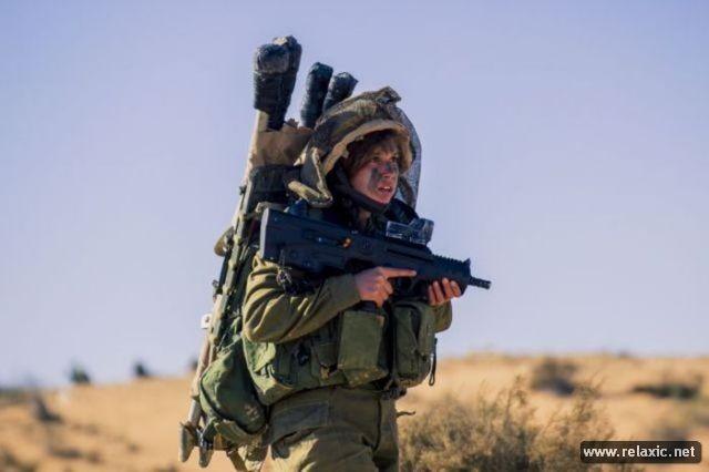 Những nữ quân nhân xinh đẹp Israel khiến giới mày râu cũng phải cúi chào ảnh 30