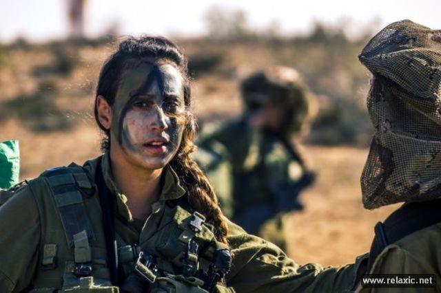 Những nữ quân nhân xinh đẹp Israel khiến giới mày râu cũng phải cúi chào ảnh 31