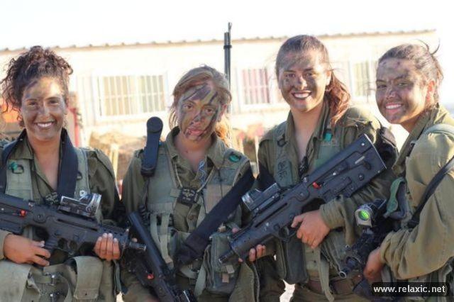 Những nữ quân nhân xinh đẹp Israel khiến giới mày râu cũng phải cúi chào ảnh 32