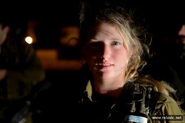 Những nữ quân nhân xinh đẹp Israel khiến giới mày râu cũng phải cúi chào ảnh 33